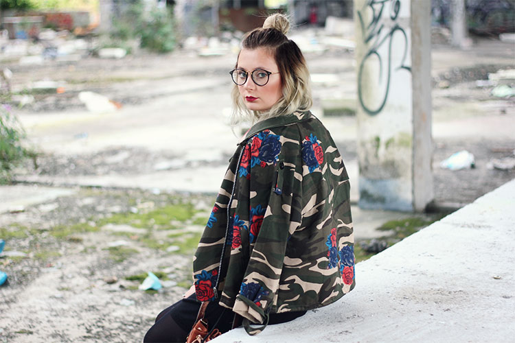 About Me - Dearfashion - Lisa Jasmin Mannheim, Lookbook, Outfit, Modeblogger, Modeblog, Fashionblog, Dear Fashion Blog, Brille, long bob, bun, trends, herbsttrend