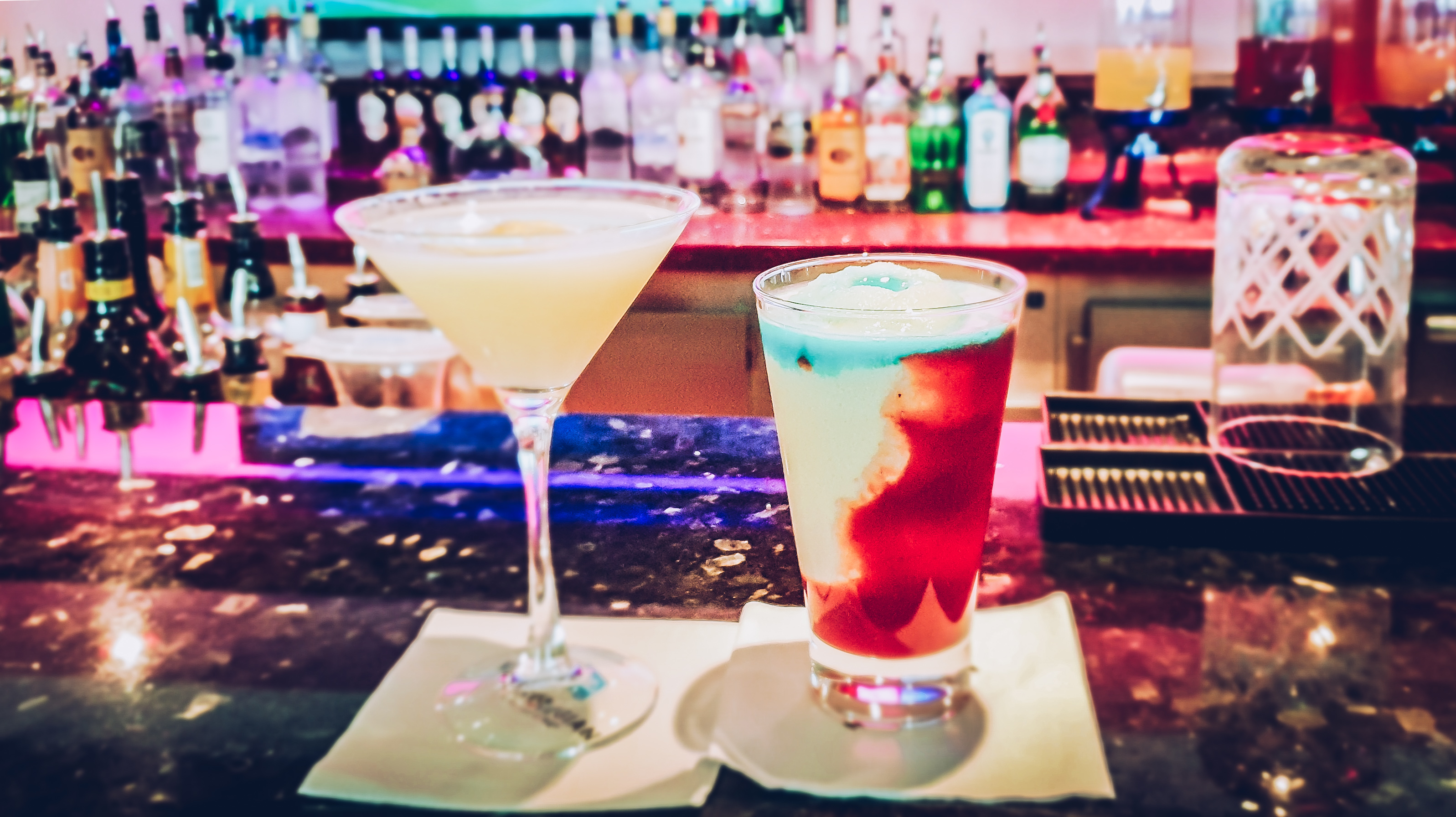 Norwegian Jade Bar Cocktails Miami Vice Martini Erfahrung