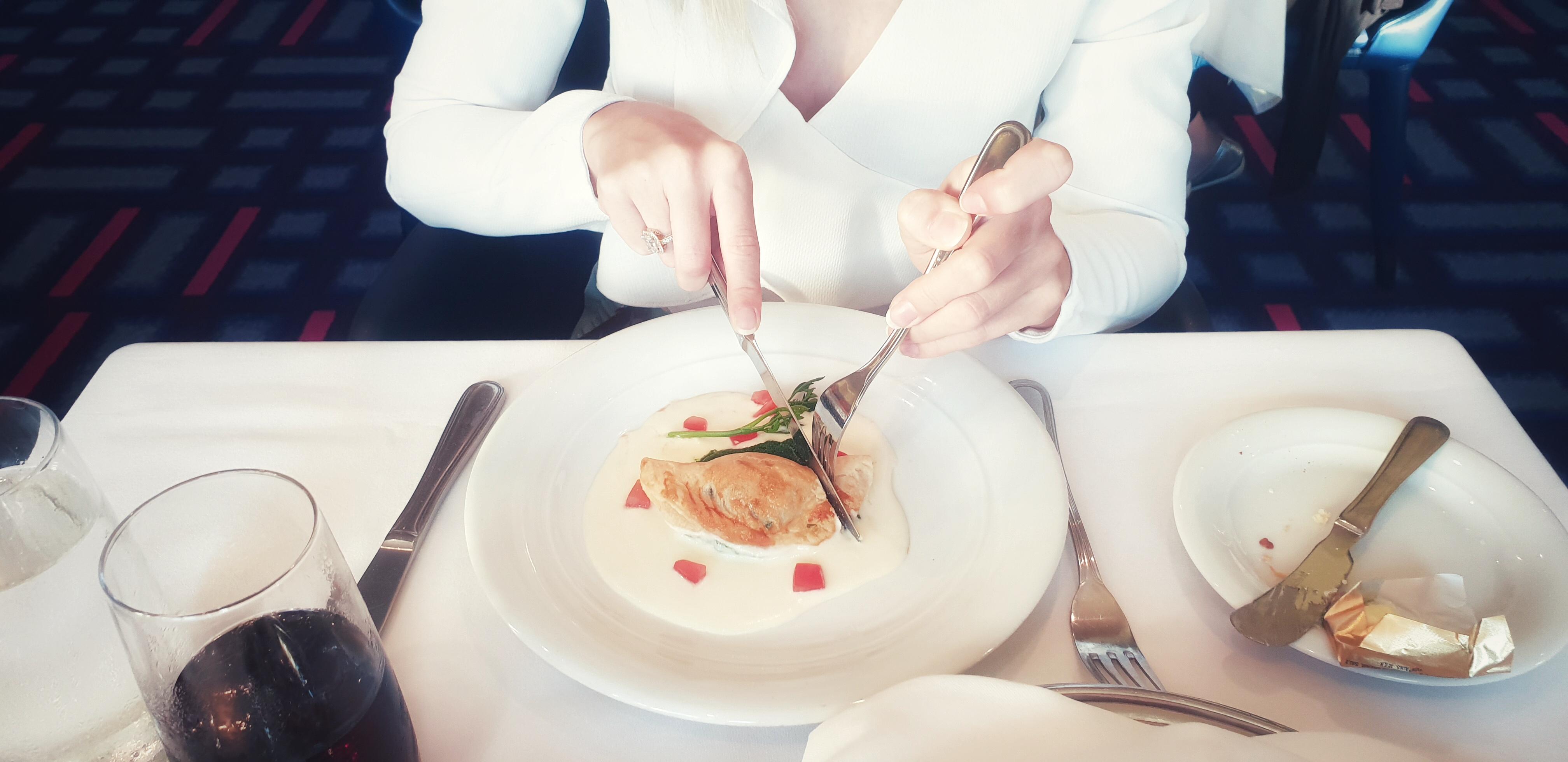 Alizar Restaurant Norwegian Jade Erfahrungen Menü NCL