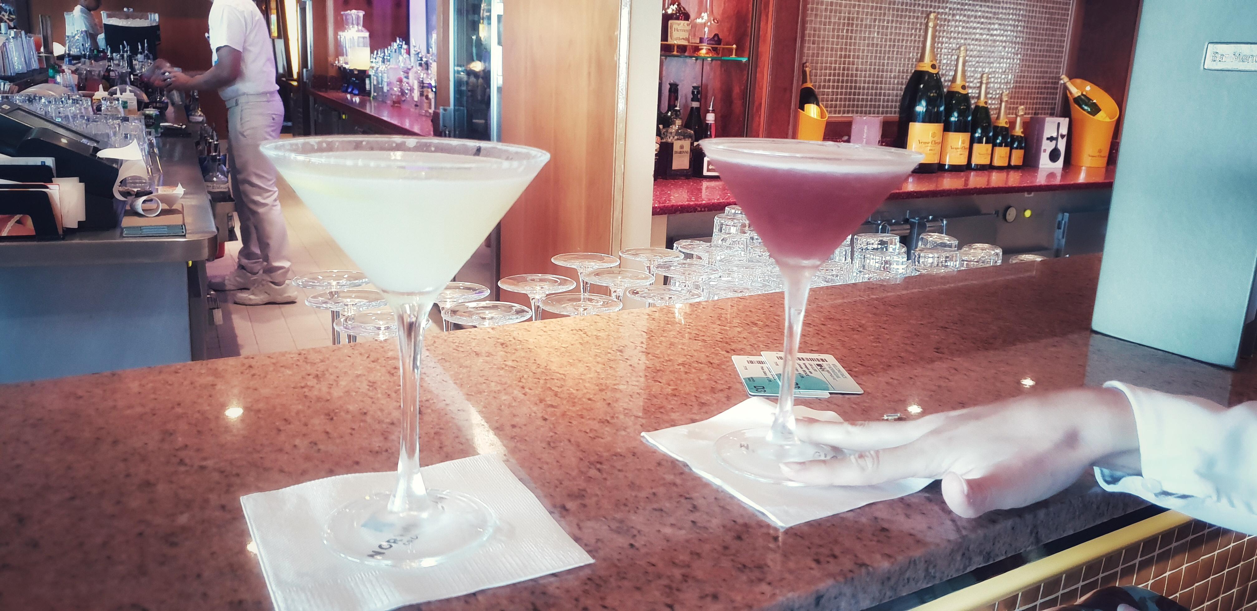 Martini Bar NCL Norwegian Jade Erfahrungsbericht Tipp Reisebericht