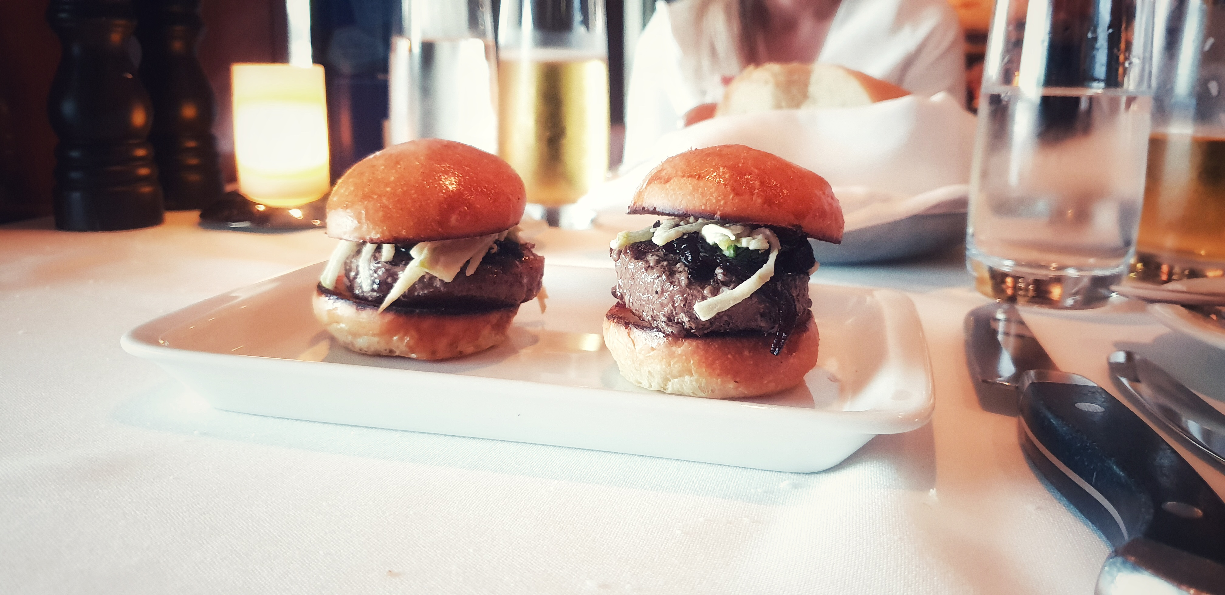 Cagney's Steakhouse Wagyu Beef Sliders NCL Norwegian Jade
