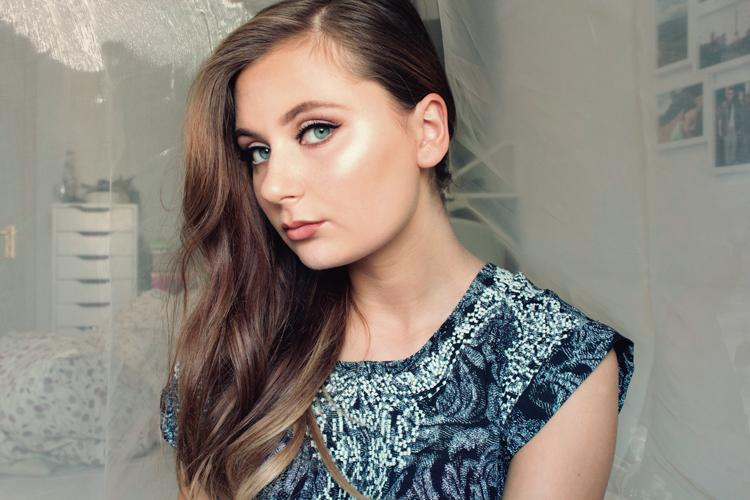 strobing-make-up-modeblog-trend